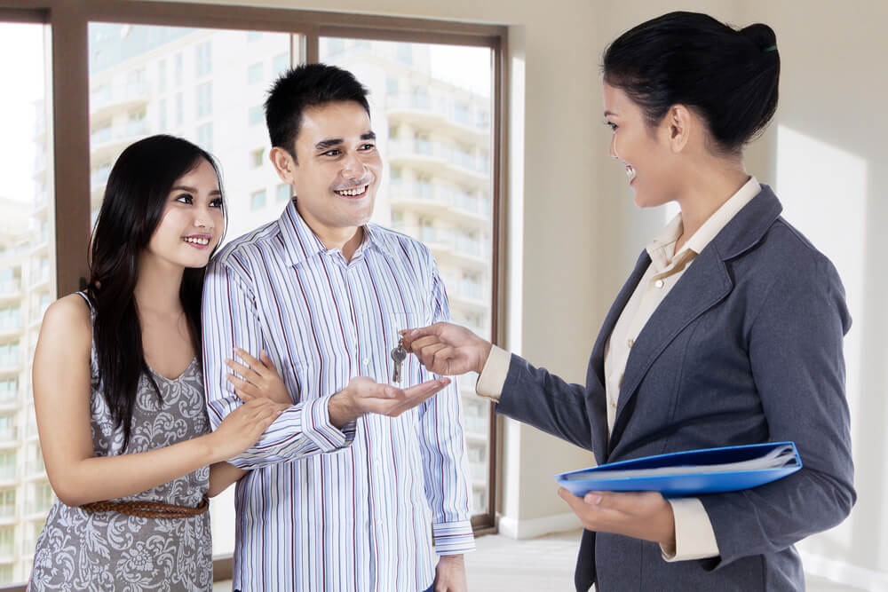 Outsourcing Real Estate Tasks Image in Outsource Workers - Turning Over the Key to Real Estate Clients